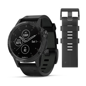Garmin - fēnix® 5 Plus Sapphire Black, con Black leather band